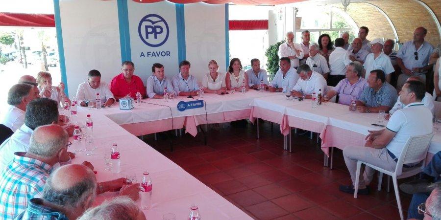 Encuentro del Secretario de Estado del Ministerio de Medio Ambiente  Pablo Saavedra con representantes  y empresarios del Sector