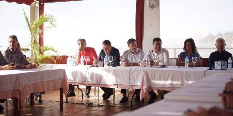 Juanma Moreno pide la normalización de la situación actual de los Chiringuitos