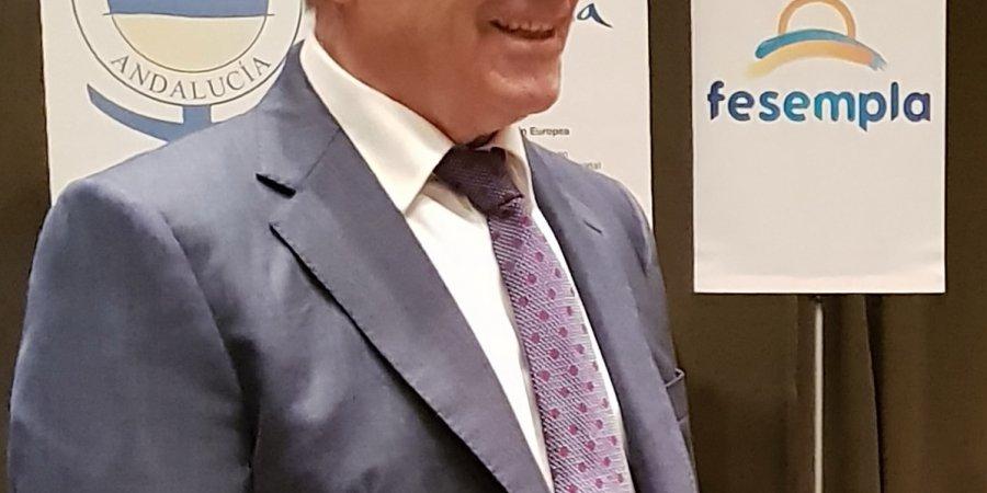 Norberto del Castillo deja la presidencia de la Federación Andaluza de Empresarios de Playas, para dedicarse, en exclusividad, a la presidencia de la Federación Española de Empresarios de Playas.